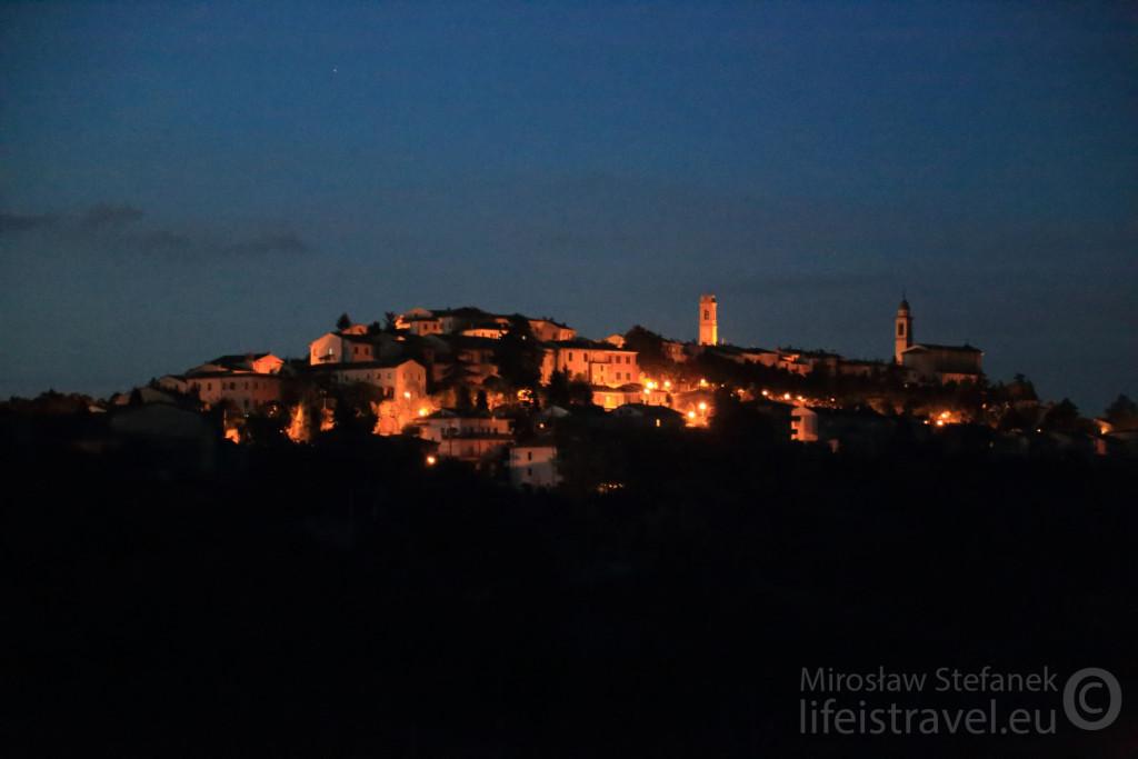 Noc, noc... Czy to już jest San Marino?