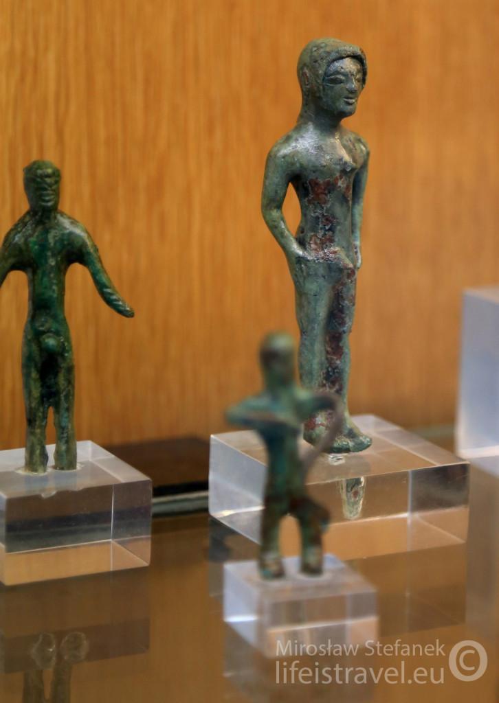 Statuetka w muzeum Etrusków.