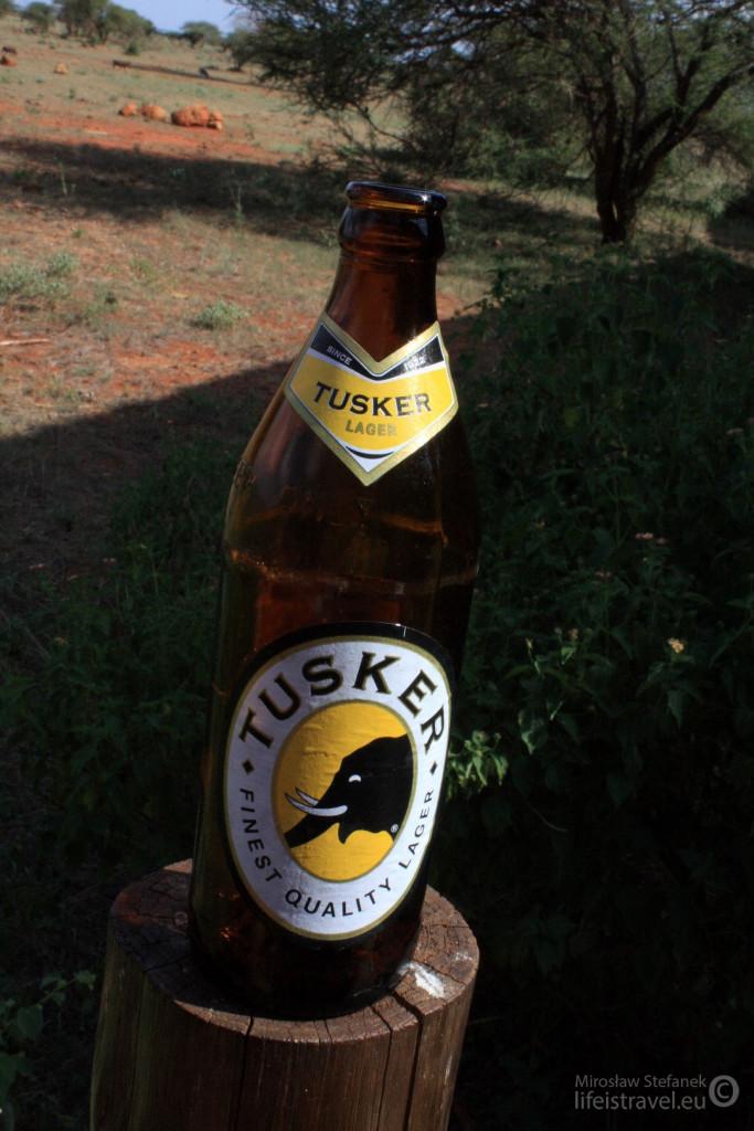 Piwo Tusker.