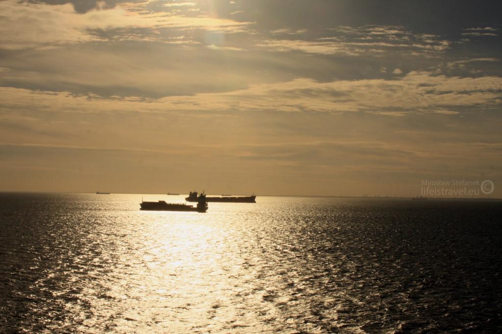 Jeden z wielu powodów, dla których warto wybrać się na morze. Widoki powalają...