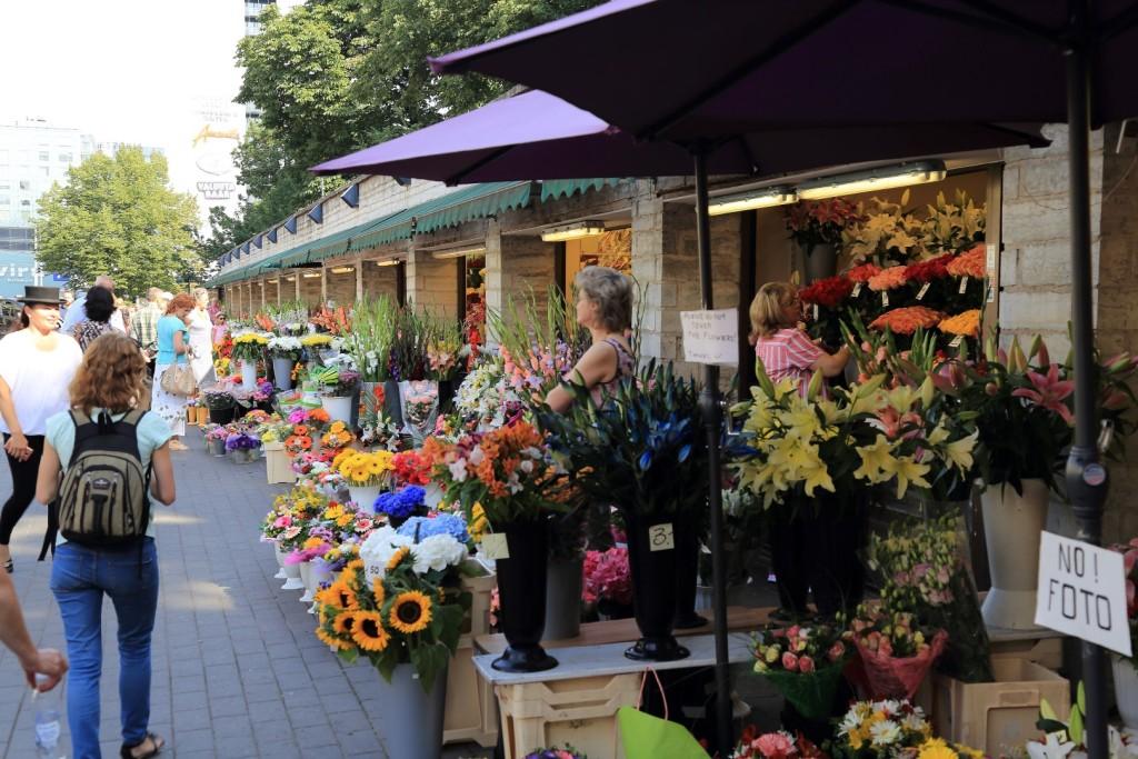 uliczne kwiaciarnie