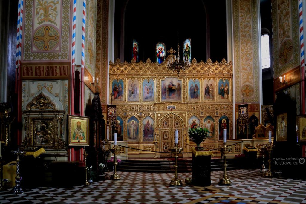 Sobór Aleksandra Newskiego w środku