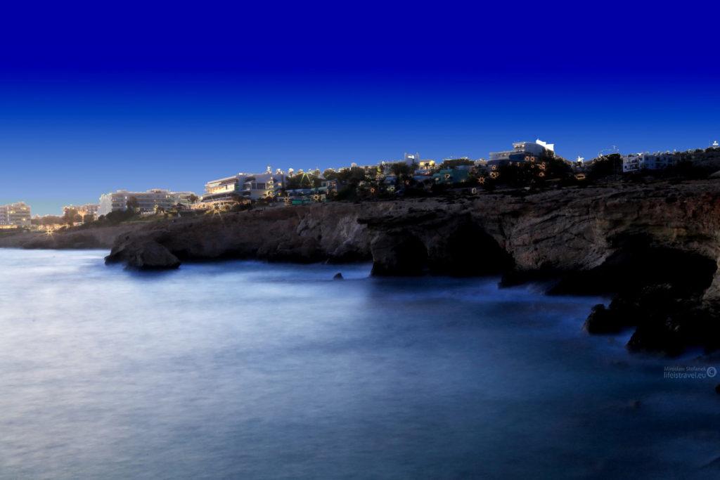 Nocny Cypr...