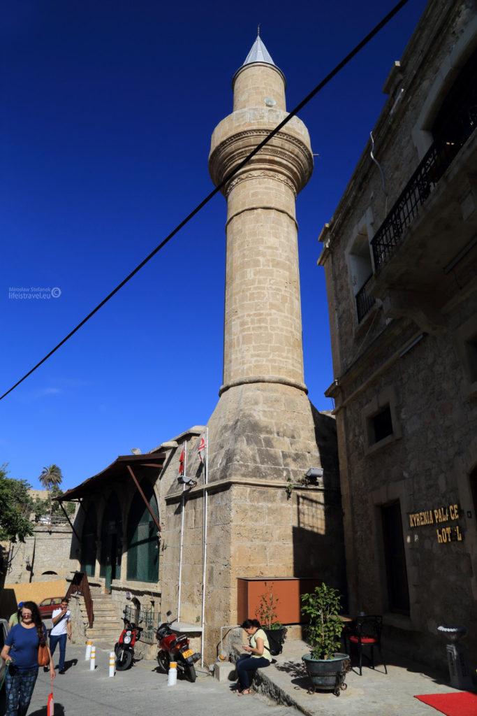Jeden z meczetów w Kyrenii