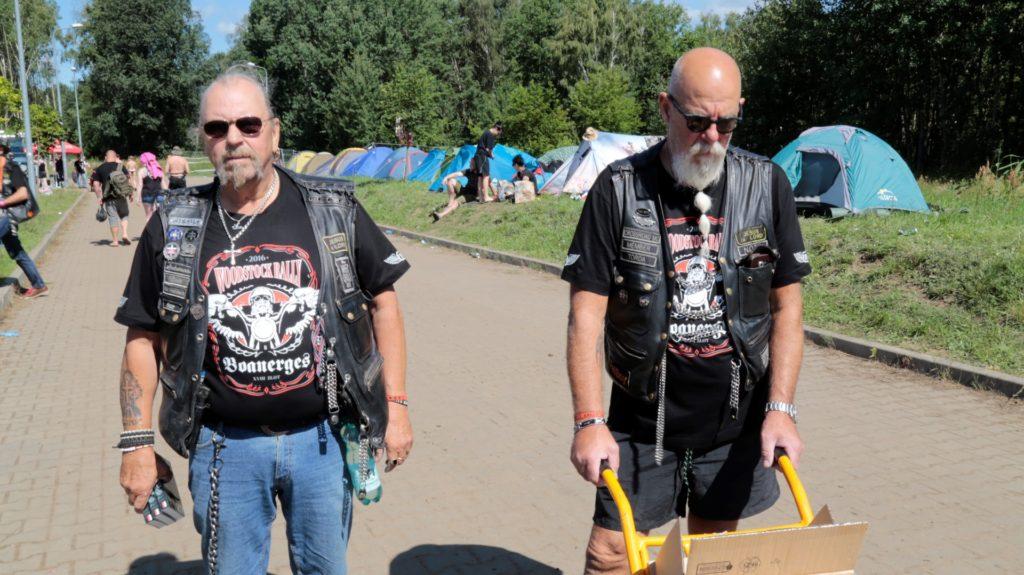 """Chłopaki z chrześcijańskiego klubu motocyklowego """"Boanerges"""". Rozdawali Biblię dla motocyklistów."""