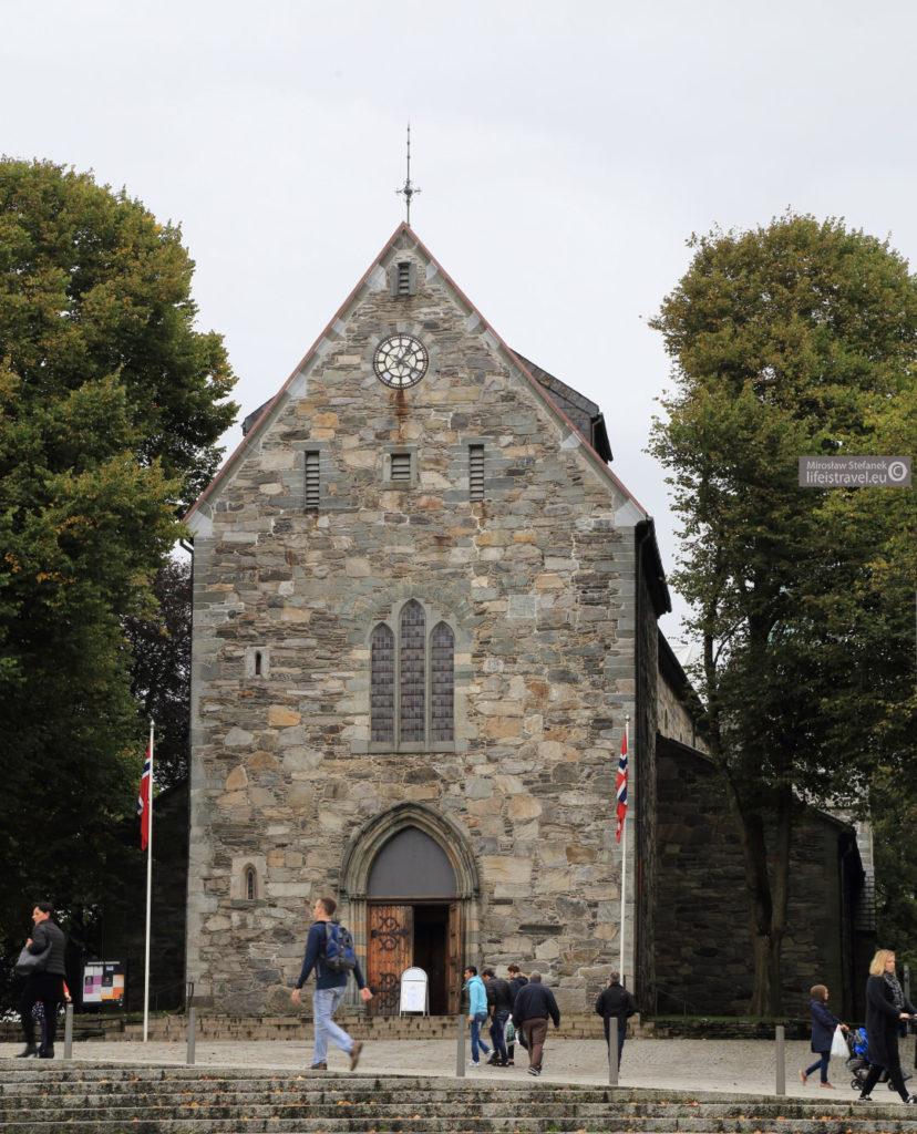 Katedra w Stavanger jest najstarszym kościołem w Norwegii. Jej budowa została ukończona w 1150 roku.