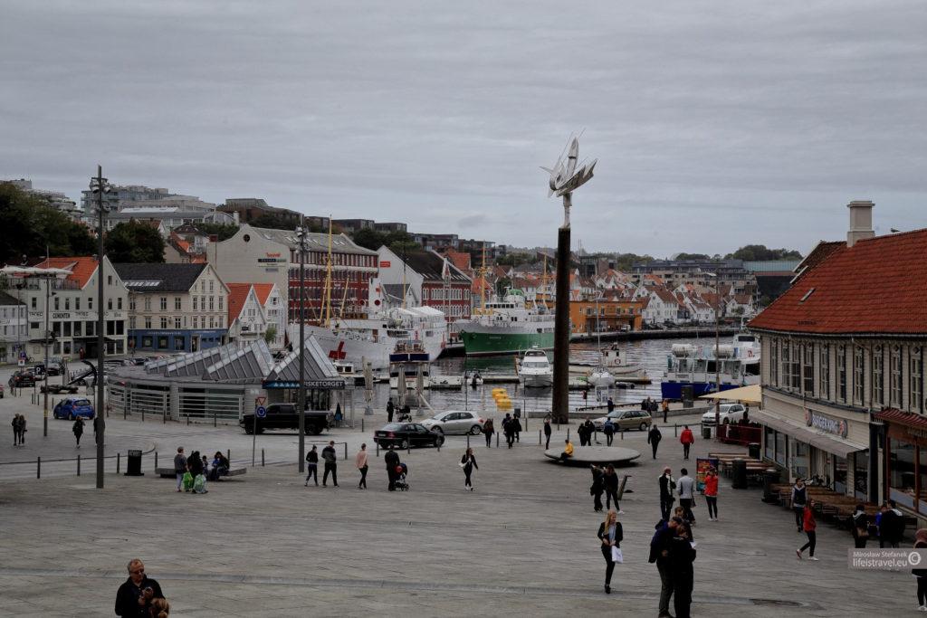 Stavanger jest portowym miastem.