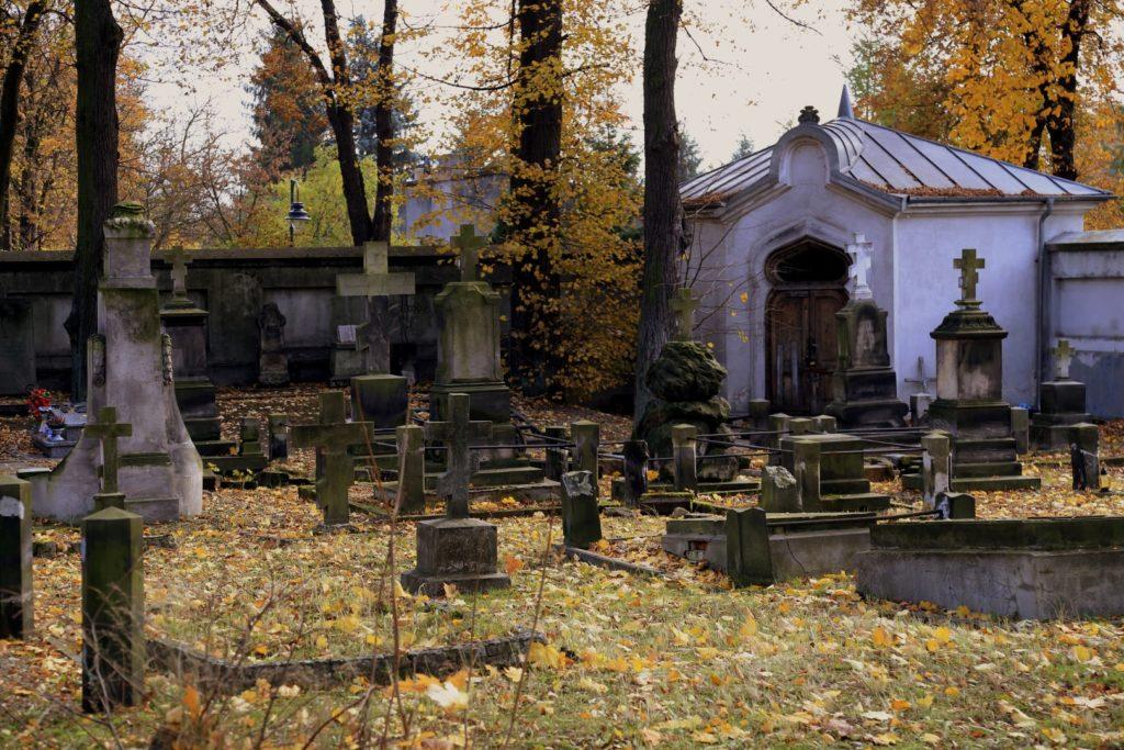 Część prawosławna z charakterystycznymi krzyżami.